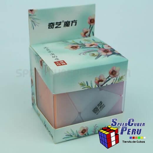 QiYi-3×3-Axis-Cube-transparente-2